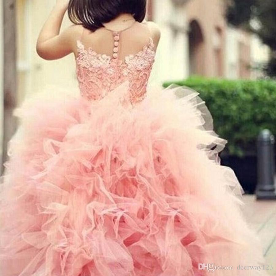 Incredibile adorabile dolce ragazza vestito da spettacolo vestito in pizzo Appliques arruffato rosa Tulle Ball Gown abito da sposa bambino Sheer Neck lunghezza del pavimento