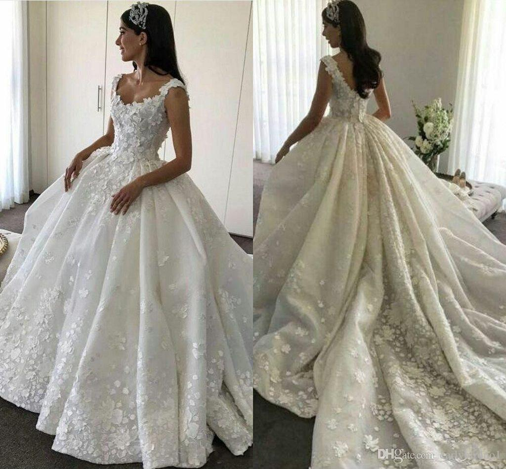 2017 New Scoop Lace 3D-Appliqued A Line Wedding Dresses Beaded Sleeveless Hollow V Back Puffy Ruffle Chapel Train Bridal Gowns