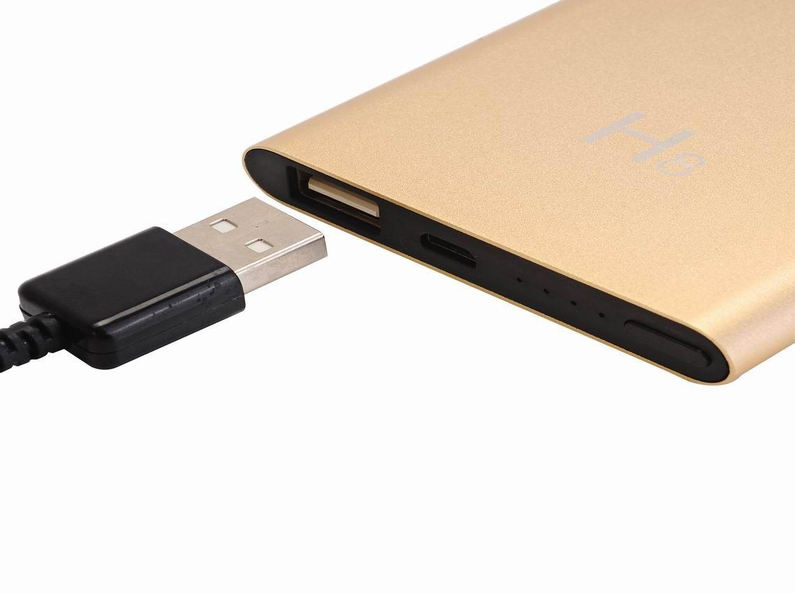 New Arrival H8 WIFI IP Camera P2P HD 1080P 5000mah Power Bank Camera Motion Detection Black Camcorder Digital Video Recorder Remote Mini DV