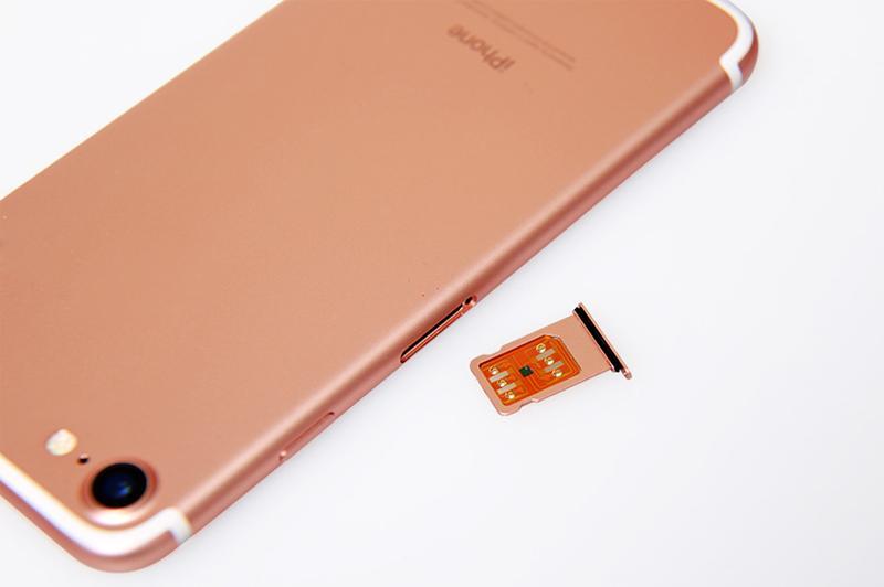 R SIM 11+ RSIM11 plus r sim11 + rsim 11 Entsperrkarte für iPhone 5 5s 6 6plus iphone7 iOS 7 8 9 10 ios7-10.x CDMA GSM WCDMA SB SPRINT LTE 4G 3G