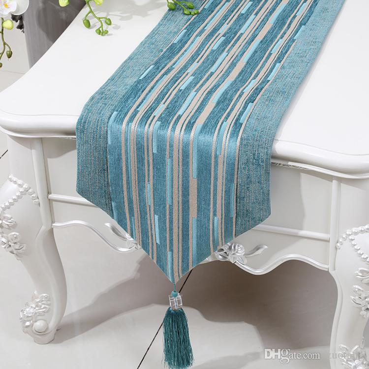 Short Length Stripe Table Runner High End Chenille Fabric Tea Table Cloth Fashion Simple Dining Table Mats Protection Pads Placemat 150 x 33