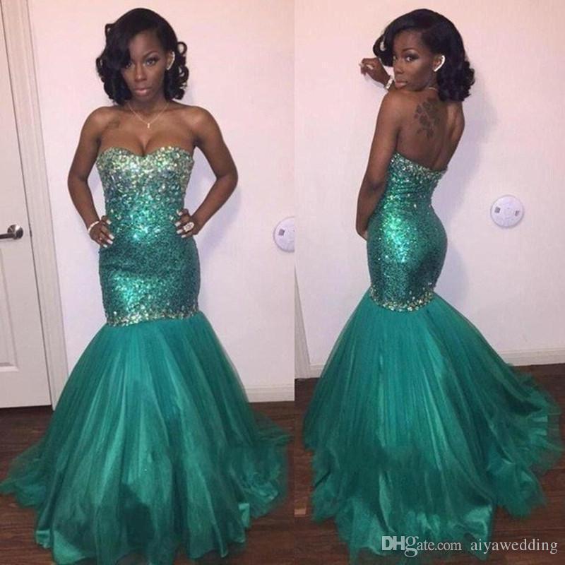 Cristales brillantes de lujo con cuentas Corsé Vestidos de fiesta largos de sirena 2019 Vestido de fiesta verde sexy Moda Nuevos vestidos de noche formales