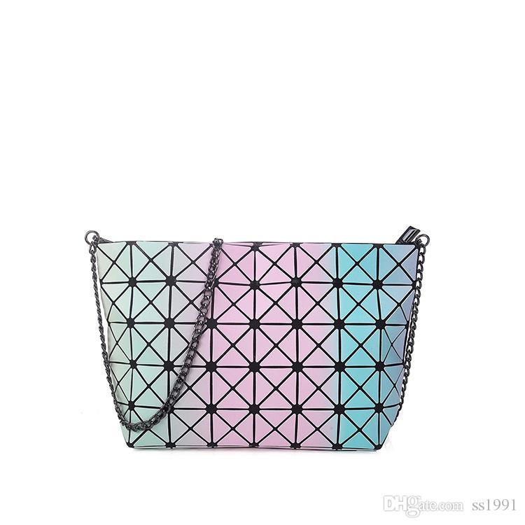 Brand Chain Laser Women High-end Geometric Handbags Plaid Shoulder Diamond Rainbow Lattice bag BaoBao Ladies Messenger Bags