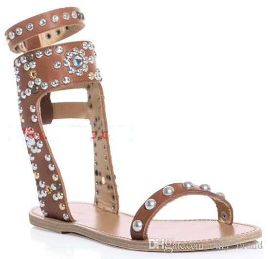 2017 Spring New Western Style Thick Bottom Open-Toes Stiletto Heel Sandals with Rivets Decoration Roman Straps Chunky Heel Womens Shoes