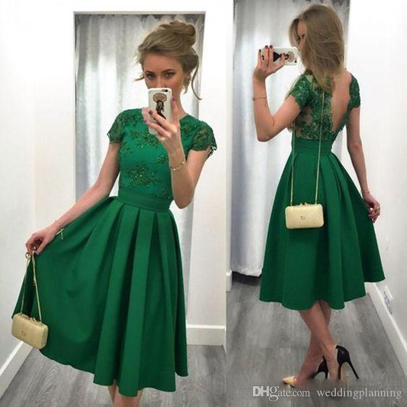 2017 Cheap Jade Green Short Cocktail Dresses Lace Appliques Cap Sleeves Party Gowns Backless Pleats Satin Vintage Knee Length Prom Dress