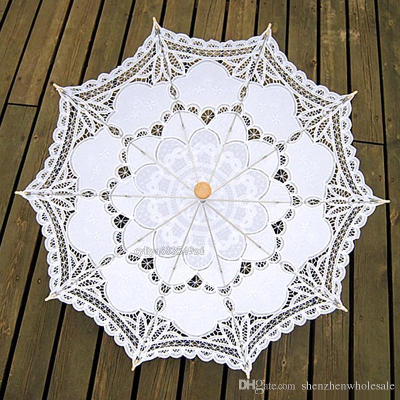 68 cm de largo mango hecho a mano del arte de la boda de la festoneada del borde del bordado Pure Cotton Lace boda paraguas sombrilla nupcial romántica fotografía
