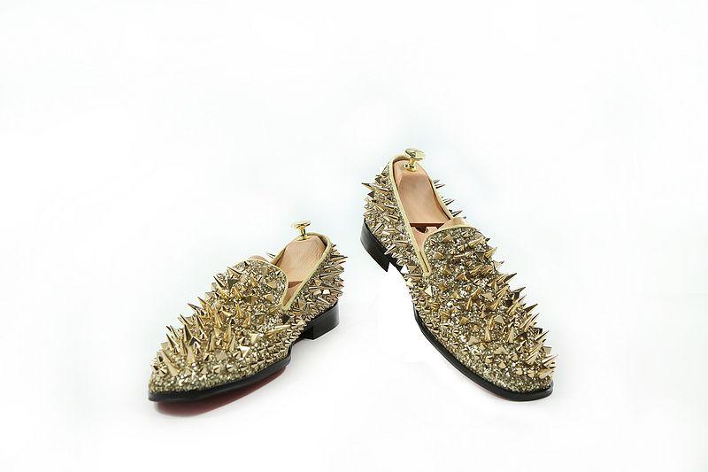 wholesale men flat rivets shoes gold black soft leather spikes men dress shoes for wedding party loafers slip on gentleman flats plus size46