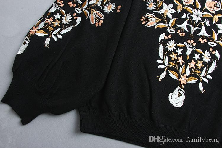 2017 otoño / invierno negro pista de punto suéter bordado de flores marca mismo estilo manga larga mujer pollover Jersey de pista