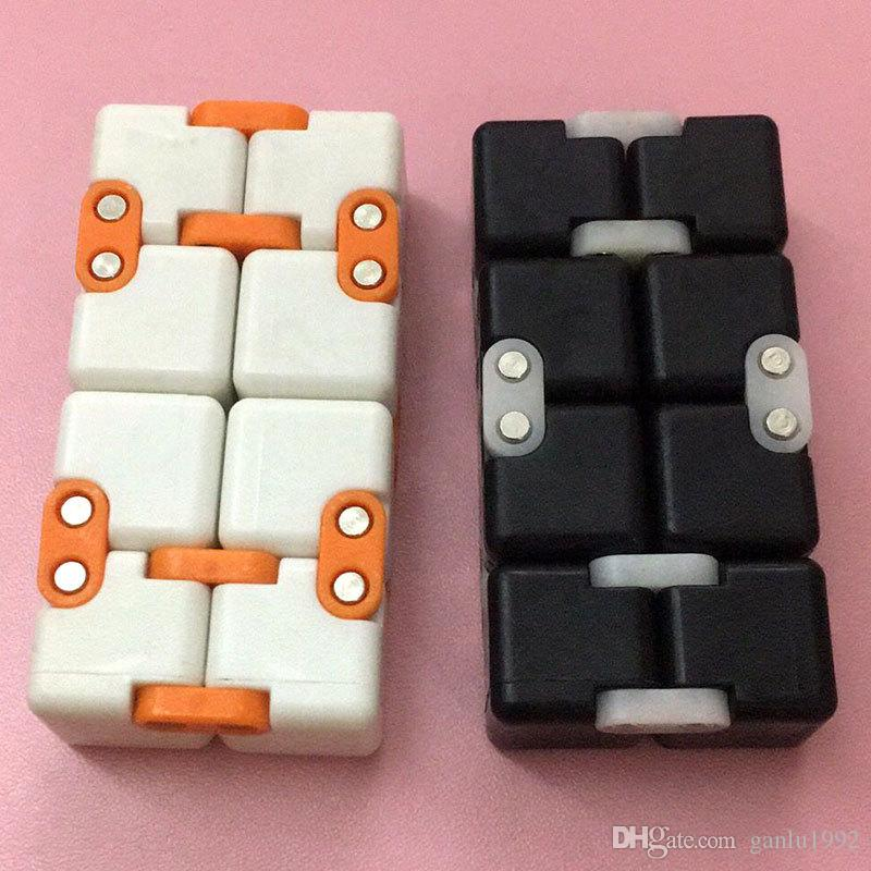 Vent Infinity Cubes Fingertip Amazing Finger Toy Anti Anxiety Stress Magic Cube Compact Fidget Toys With Retail Box ABS Material 19mr B
