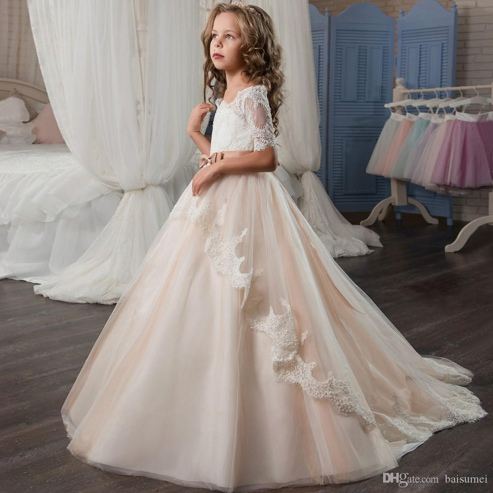 White Holy Flower Girls Dresses with Lace Sleeves Bow Sash Champagne Puffy Tulle Ball Gown Prom Dress 2017 for Girls Size 6 8
