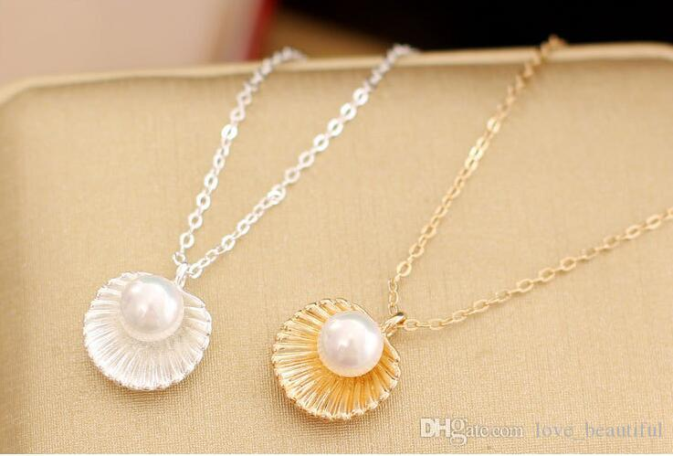 2017 Hot sale High-grade gold silver Pearl shell Pendant Necklace alloy Pearl Short Cavicle Necklace in stock low price sales