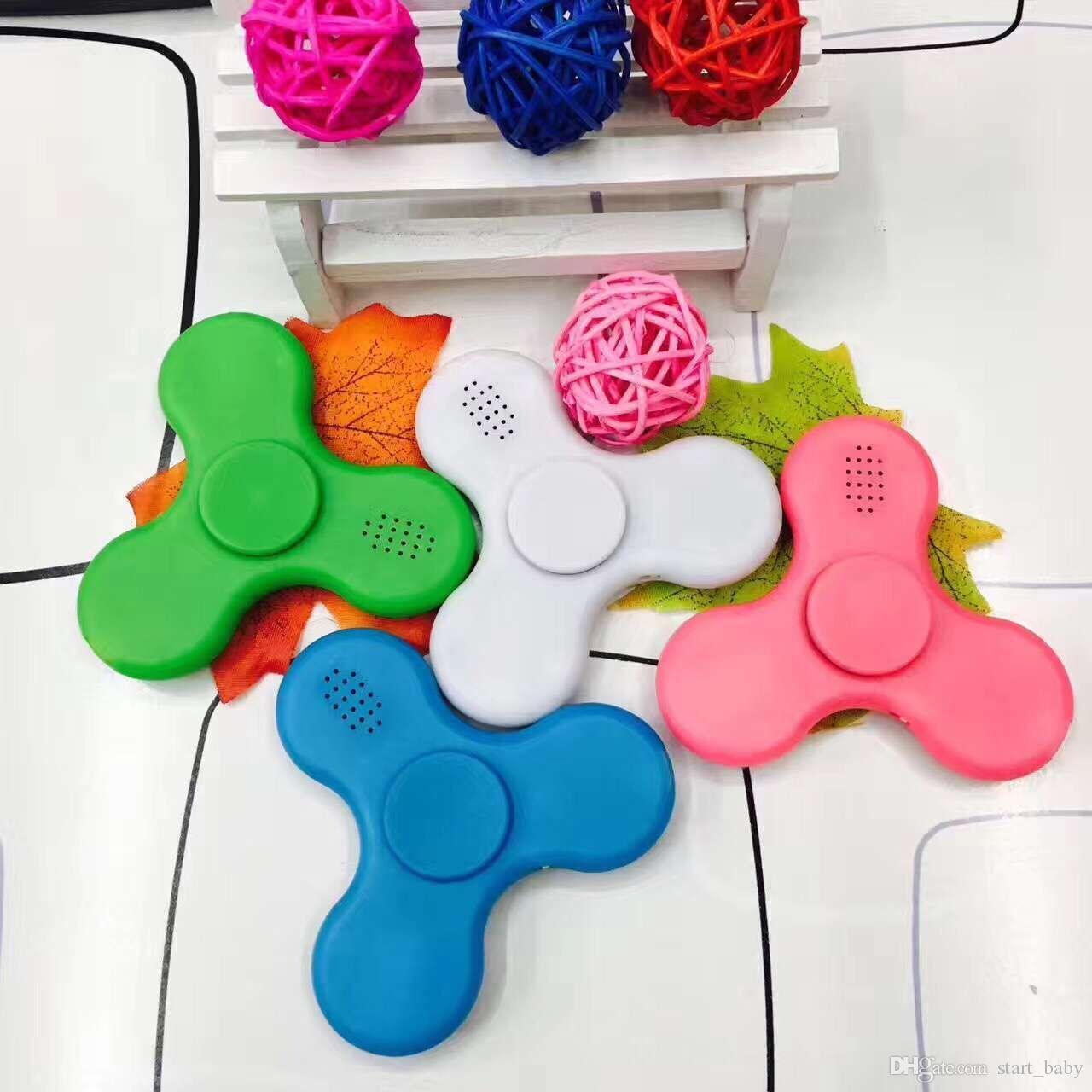 2017 NUEVO EDC Fidget Spinner con audio Bluetooth y Led Usb Hand Spinner Finger spinner toy EDC Juguete para la descompresión Juguetes de ansiedad C001