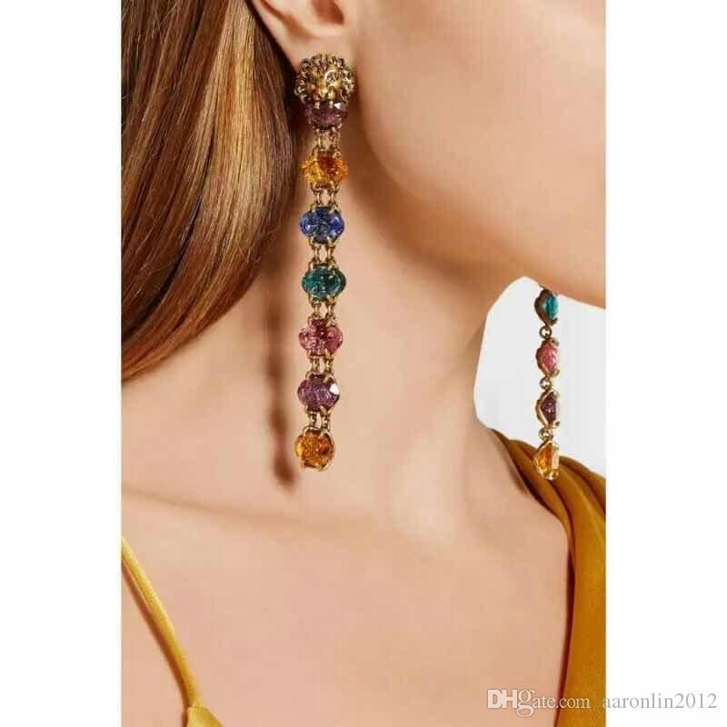 New Vintage Metal cabeça de leão brincos para as mulheres da moda jóias marca de Cristal longo Pingente de strass brincos de Noiva bijoux 2017