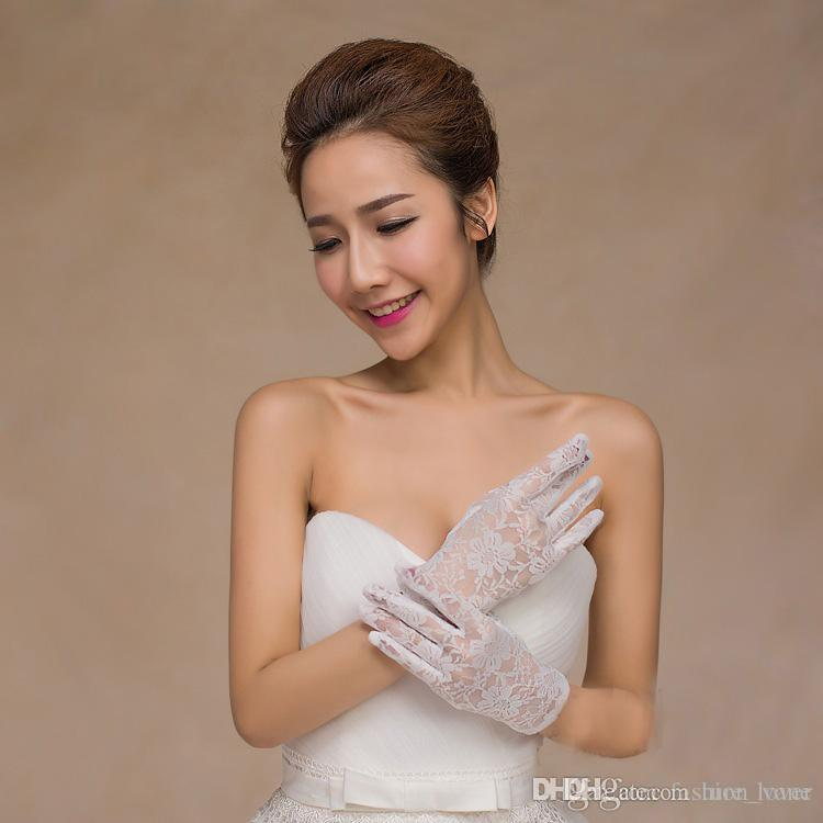 2016 Real Photo Simple Bridal Gloves Opera Party Gloves Wrist Length Full Finger Lace New Style