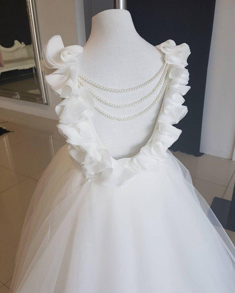 Adorável Branco Meninas Vestidos De Flores Para Casamentos Colher Ruffles Lace Tulle Pérolas Backless Princesa Crianças Vestidos de Festa de Aniversário de Casamento