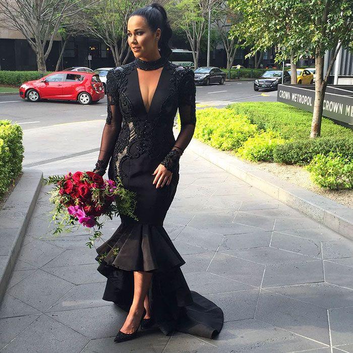 2017 Deep V Neck Mermaid Evening Dresses Elegant Long Sleeves Lace Appliques Puffy Hi Lo Black Prom Dresses Mother of Bride Party Dresses