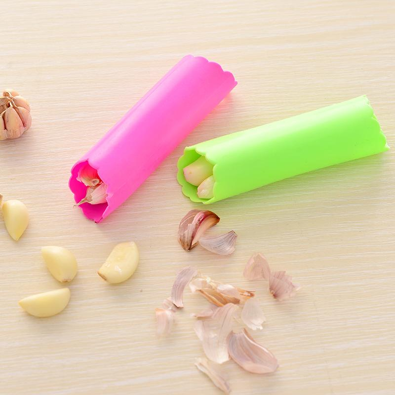 Creative Garlic Peeler Practical Utility Kitchen Gadget Garlic Stripper Tube Peeling Garlic Peeling
