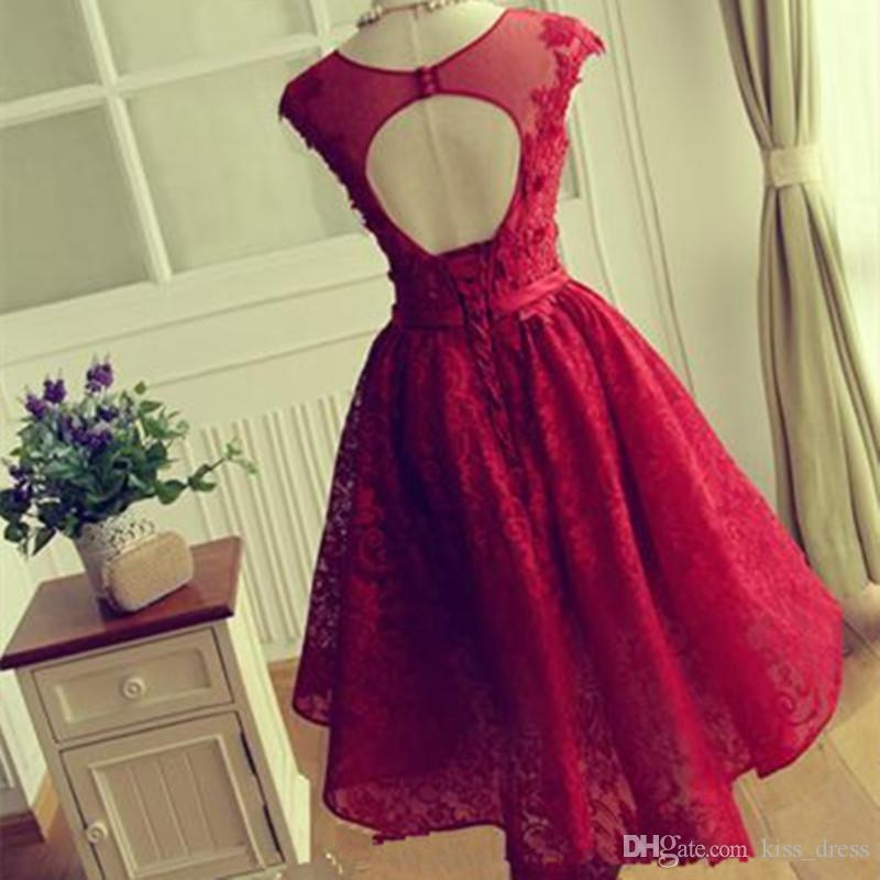 2019 Red Lace Prom Dresses Short Sheer Graduation Homecoming Gowns Backless Scoop Neckline Cap Sleeve A-Line Applique Hot Sales Custom P100