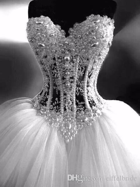 2016 robes de mariée en cristal de luxe sur mesure Sexy Bling perles perlées broderie Sweetheart cou blanc une ligne dos nu Corset robes de mariée