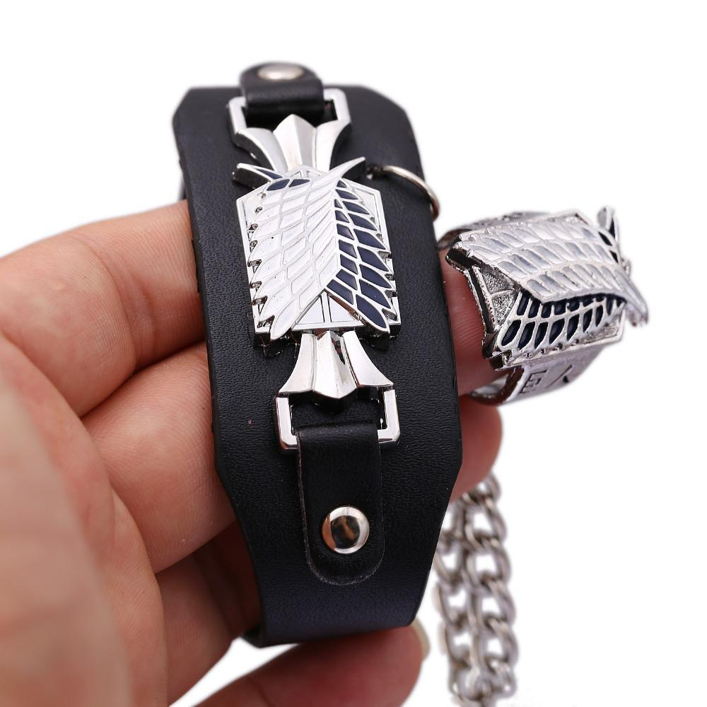 MS Jewelry Attack on Titan Braccialetto di cuoio libero di braccialetti di fascino di collegamento ala Anime Cosplay Punk Bangle Uomo Donna