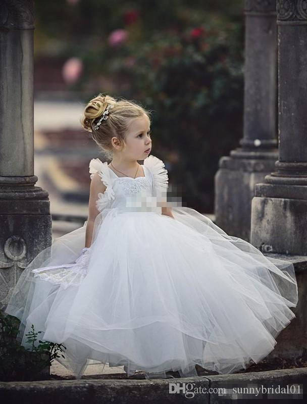 White Ball Gown Flower Girl Dresses Tutu 2017 Lace Appliqued Boho Wedding Vintage Beach Little Baby Gowns for Communion