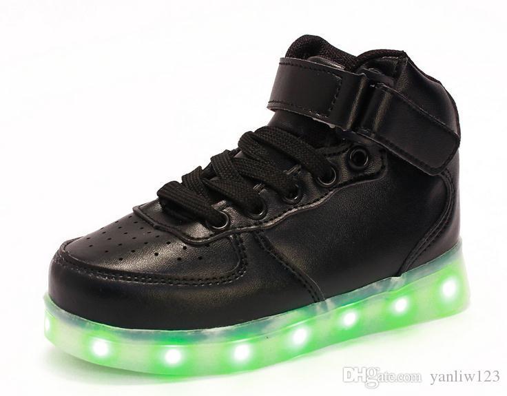 69f0d4156e1d0 ... Enfants Usb Charge Led Légère Chaussures Baskets Enfants Light Up Shose  avec Wings Lumineux Lumineux Garçon ...