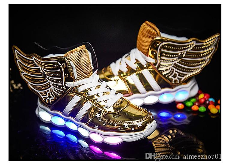 Novas Crianças Sapatos Casuais Luzes de Carregamento usb de Incandescência Meninos Meninas Sapatos de LED Para Crianças Luminosas Iluminados Sapatos Sneakers com asas homens mulher