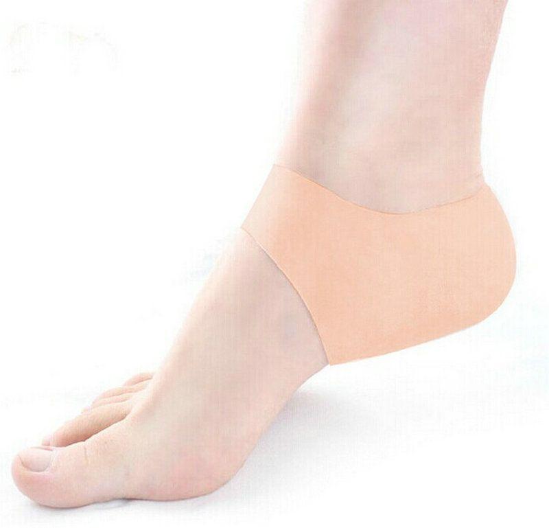 venta al por menor Heel Cover Heel Cushion Silicone Hidratante Heel Cracked Foot Care Tool Protectores Tool Calcetines Calcetines de gel con agujeros pequeños 1 par
