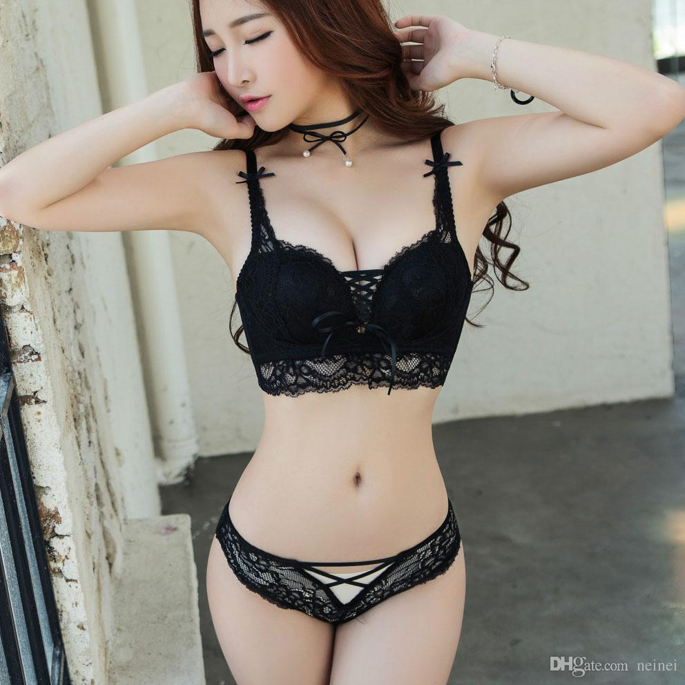 Sexy pictures of girls in lingerie