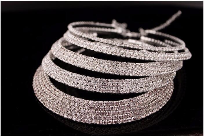 Vente chaude Mariée Classique Strass Cristal Choker Collier Boucles D'oreilles Et Bracelet De Mariage Parures Accessoires De Mariage Bijoux De Mariée
