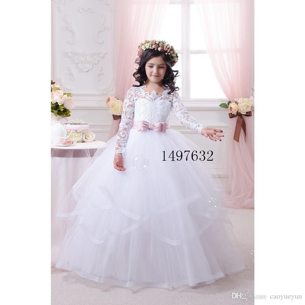 3b403438f Compre 2019 Nuevo Vintage Pageant Vestidos De Fiesta De Encaje Blanco De  Manga Larga Vestidos De Primera Comunión Para Niñas Arco Vestidos De Flores  Para ...