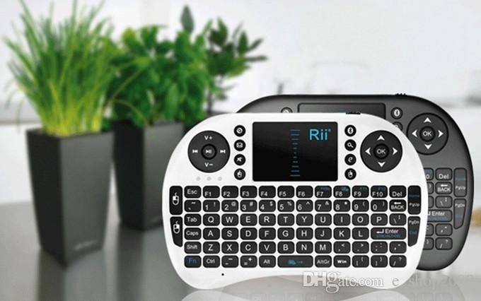 Rii I8 Smart Fly Air Mouse Remote 2.4GHz Wireless Bluetooth Keyboard Remote Control Touchpad For Android Box White Black