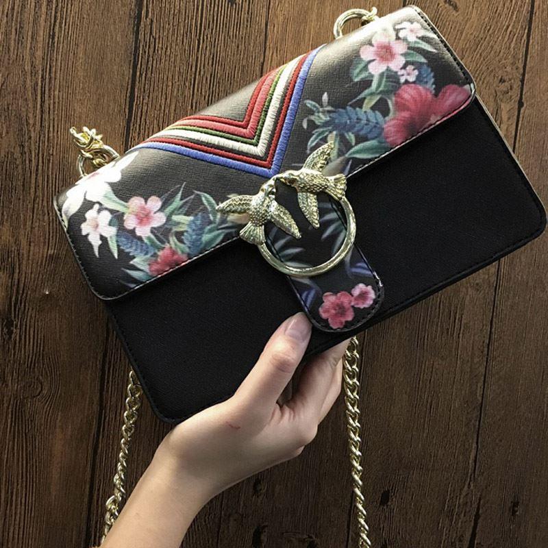 679608a5fafd Luxury Handbags Famous Designer Flower Print Bird Bag Women Vintage Messenger  Bags Flap Chain Shoulder Crossbody Bag Brand 2017 Discount Handbags Best ...