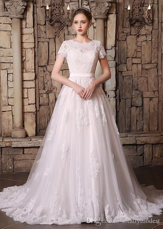 Vintage Lace Short Sleeves Modest Wedding Dresses With Sleeves A-line Scalloped Neck Vestidos De Novia Real Couture Custom Made Wedding Gown
