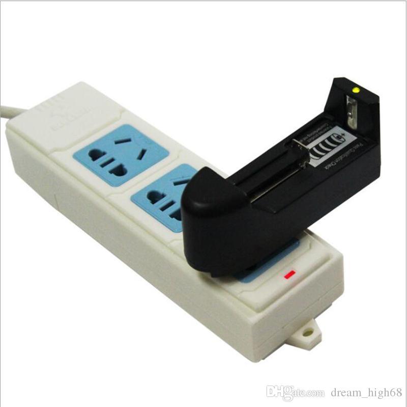 3.7V 유니버셜 리튬 이온 배터리 충전기 26650 18650 18350 16340 리튬 충전식 배터리 미국 / EU 전자 담배 키트 용 플러그
