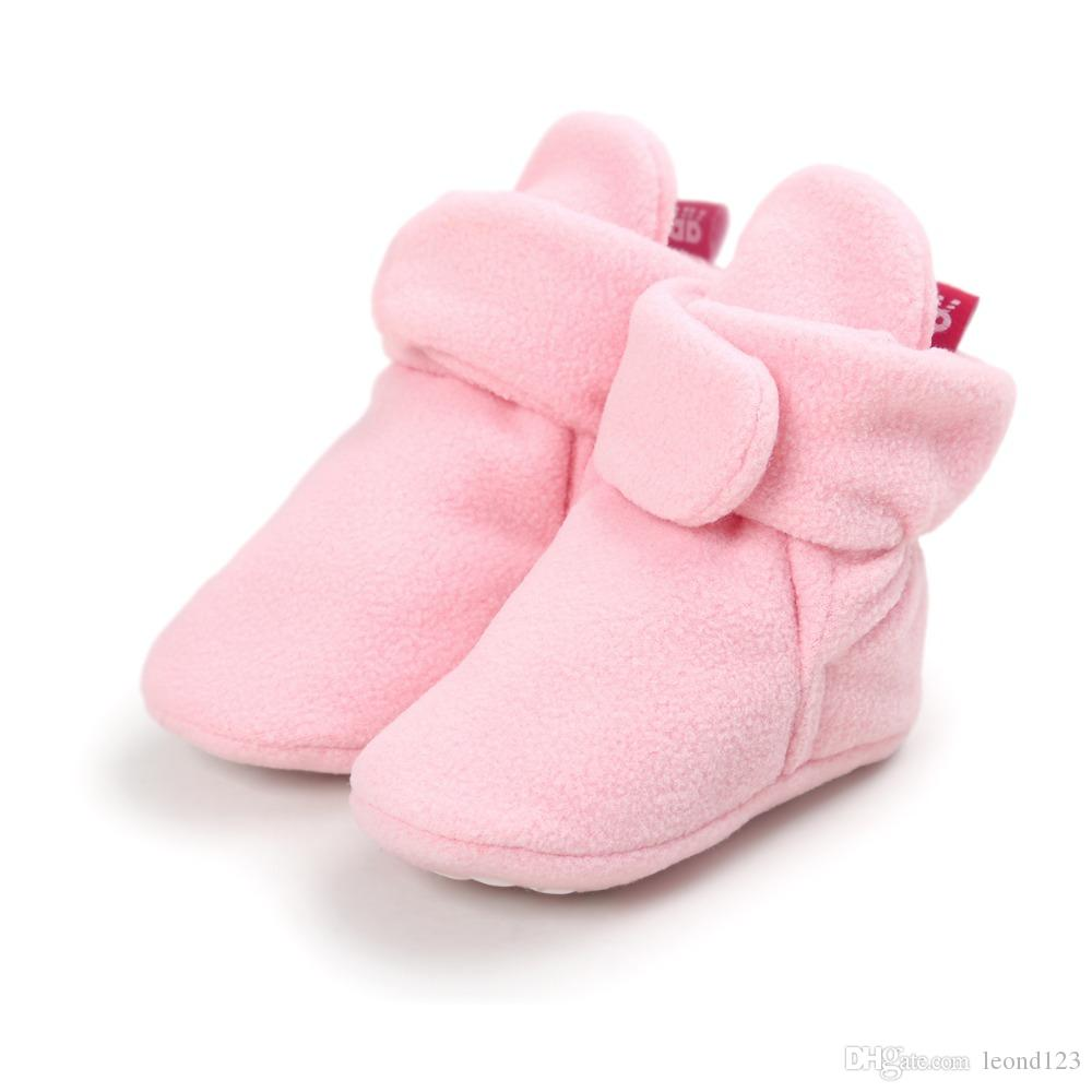 Newborn baby girls and girls Cozie Faux Fleece Bootie Winter Warm toddler baby Crib Shoes Classic Floor first walker Boots