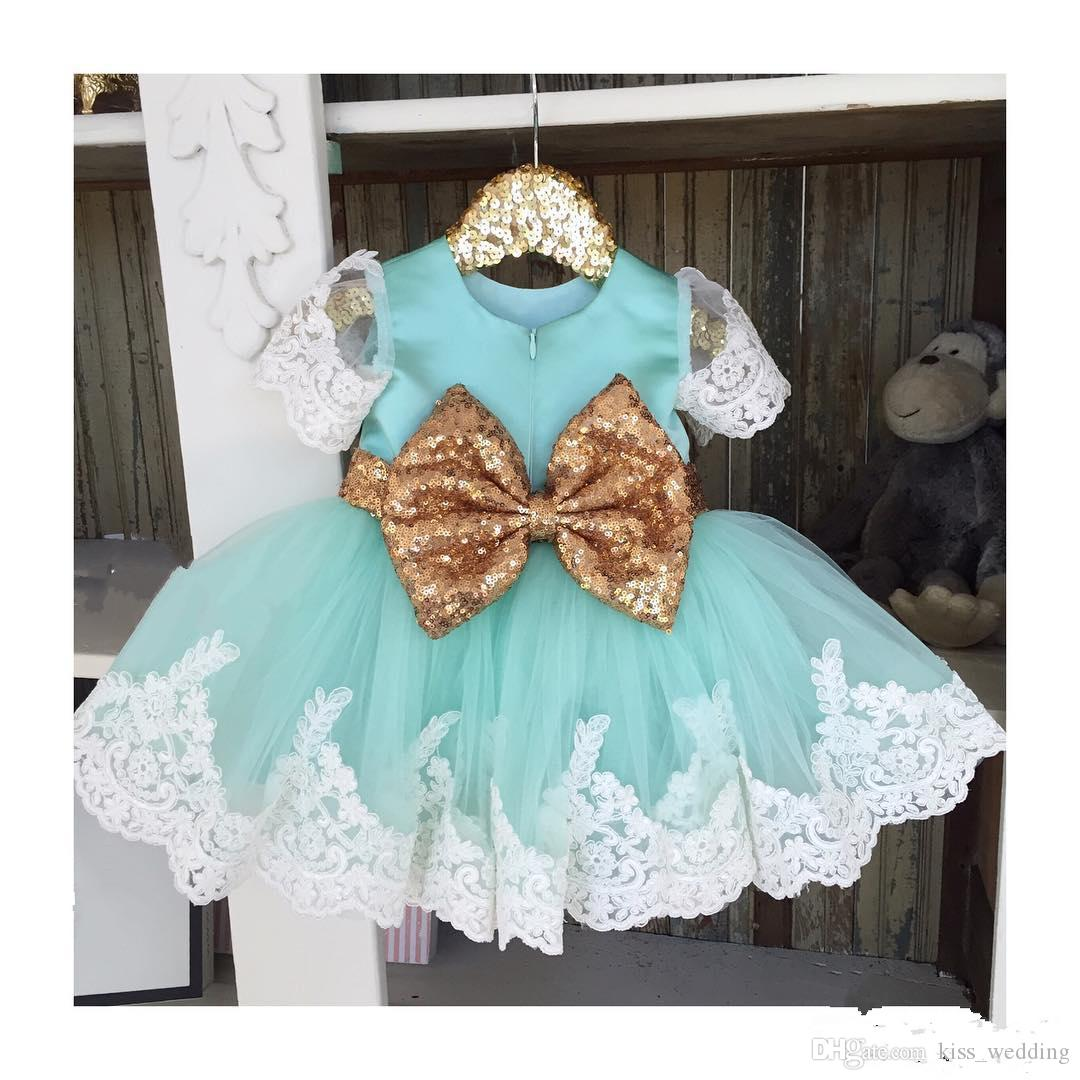 Adorable Toddler Girls Prom Pageant Dresses With Gold Sequined Bow Graduation Gowns Kids Junior Bridesmaid Dress Light Blue Custom Made