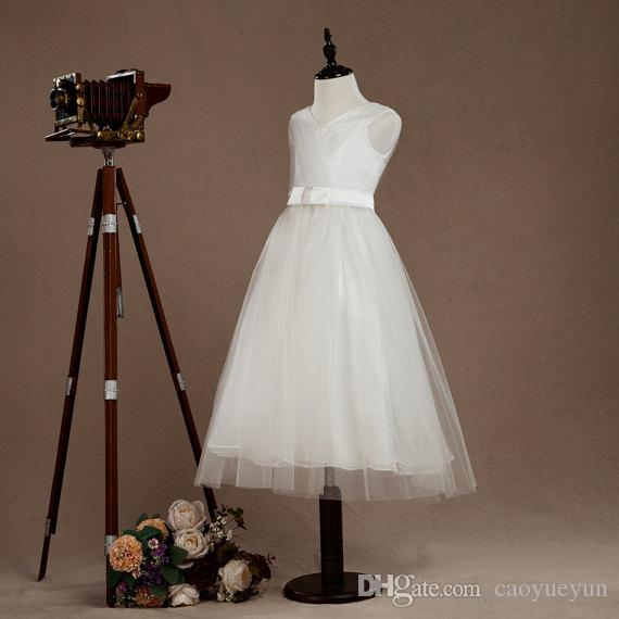 2019 Halloween Easter Birthday party White Flower Girl Dress Tulle Junior dress A-line Flower straps dress V-neck with belt