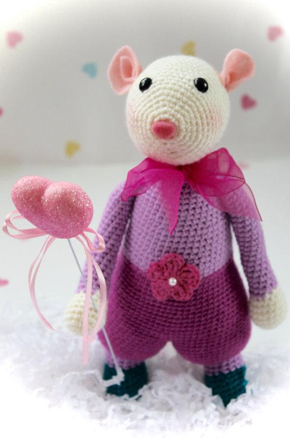 Wholesale Fleur The Little Mouse Crochet Amigurumi Animal Mouse Toy And Doll Rattle