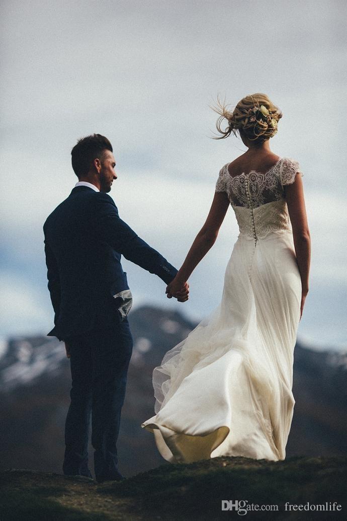 Cheap Beach Wedding Dresses Vestido De Novia Forest Boho Long Short Sleeves Scoop Neck Tulle Button Back A Line Bridal Gowns