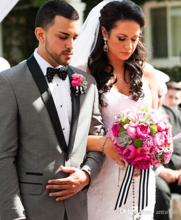 Açık Gri Düğün Erkekler Suits Damat takımları Smokin Groomsmen Suit custom made Bir Düğme Resmi Iş takım elbise ceket + pantolon
