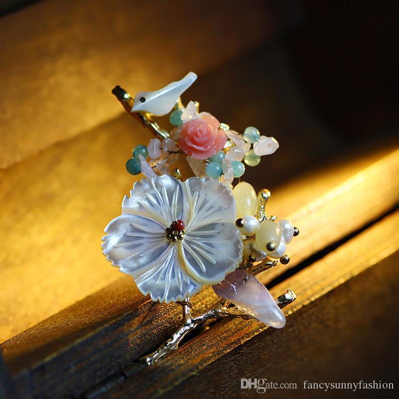 Cam kristal kabuk İnci broş geleneksel Çin tarzı broş pimleri kadınlar için 18 K altın kaplama yüksek dereceli yaka iğneler elbise