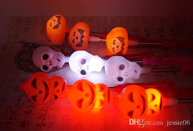 LED Kabak Sallamak Sopa Cadılar Bayramı Flaş Dekor Light Up Ghost cadı Sihirli Değneklerini Glow Sticks Parti Lehine Ödül fantezi elbise sahne süslemeleri