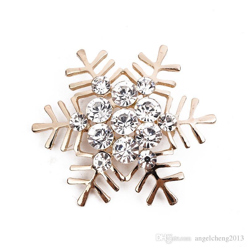 Högkvalitativ Crystal Rhinestone Snowflake Broscher För Kvinnor Mode Brosch Pins Retro Stjärna Julklapp Corsage 2 Färgalternativ