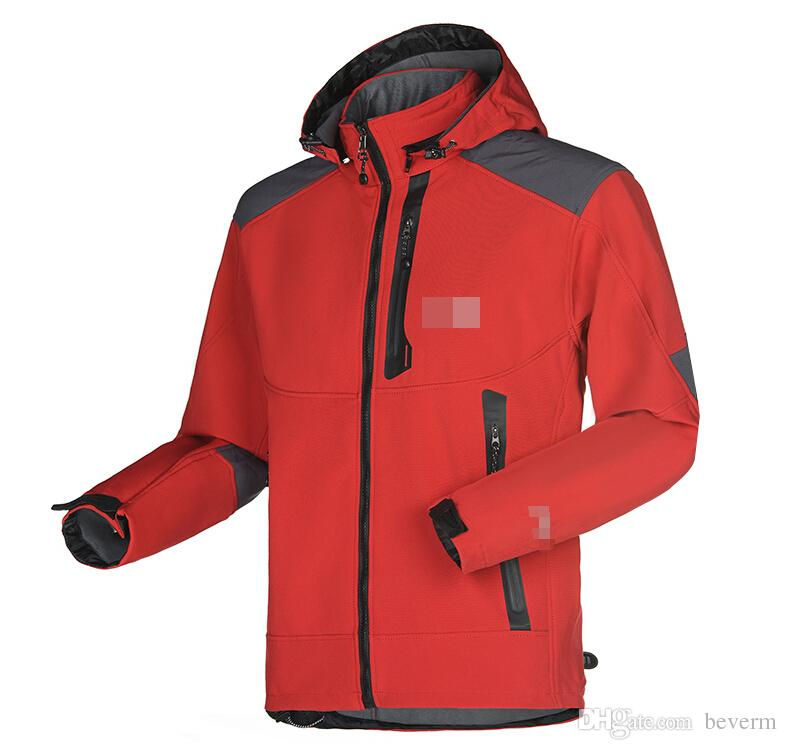 Wholesale-Men Waterproof Breathable Softshell Jacket Men Outdoors Sports Coats women Ski Hiking Windproof Winter Outwear Soft Shell jacket