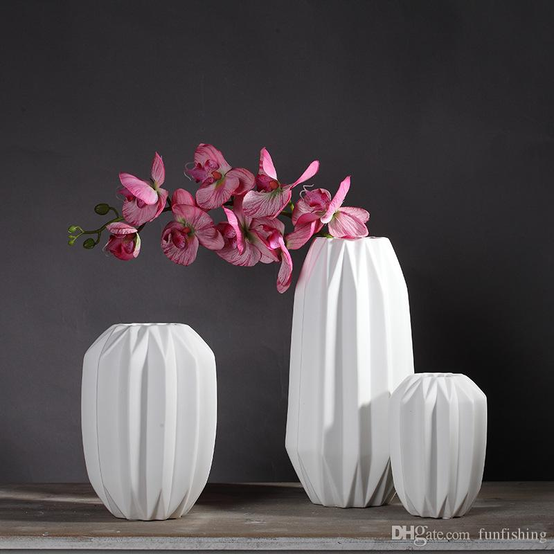 Chinese White Ceramic Vase Origami Vase Chrismas Present Wedding