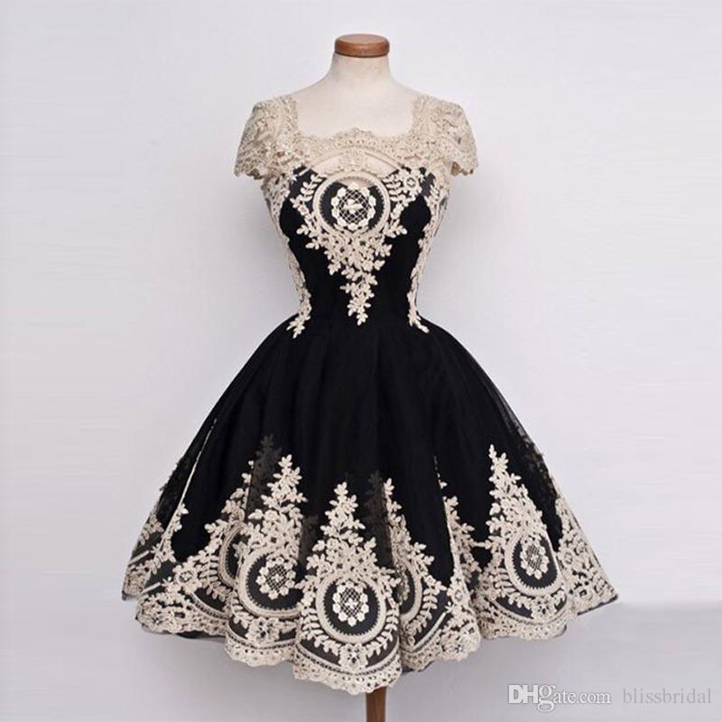 Élégante petite robe noire avec robe de bal Applique Ivoire Homecoming Tull dentelle courte robe de bal et bouton de retour robe de demoiselle d'honneur