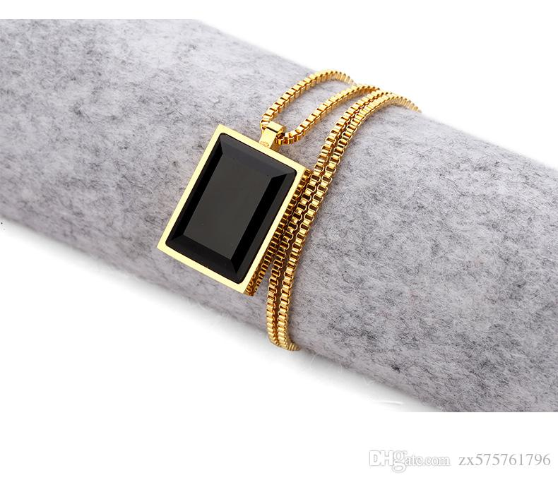 Simple Luxury Black Square Gem Small Pendant Necklace Crystal