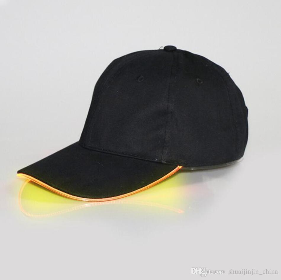 LED 야구 모자 코 튼 블랙 화이트 어둠 조정 가능한 Snapback 모자 빛나는 파티 모자에 빛나는 LED 빛 공 모자 빛나는 OOA2116