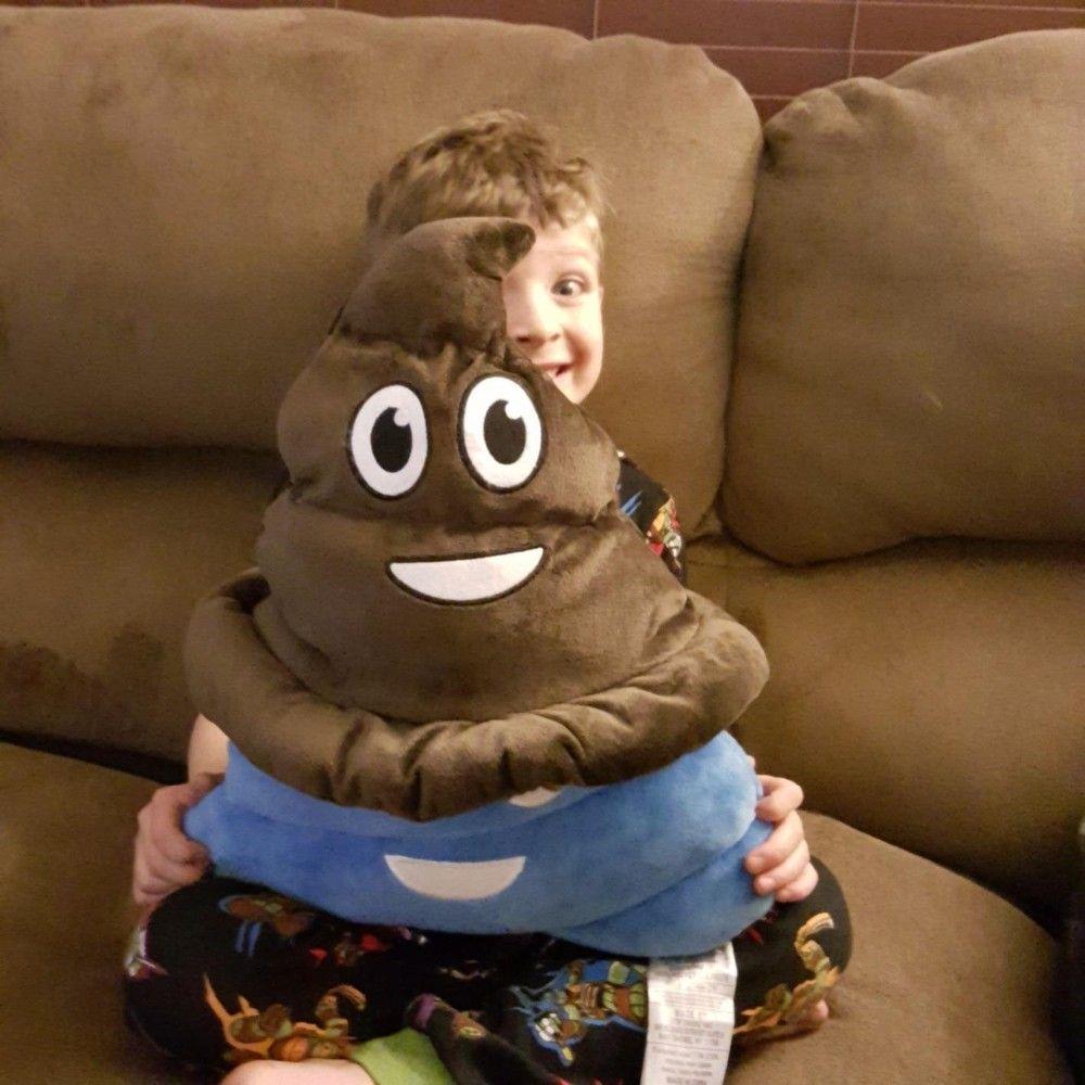 Halloween Winter Emoji Poop Plush Emoticon Hat Poop shape cap for Kids Women and Men Poop Face Creative Christmas Birthday Gift